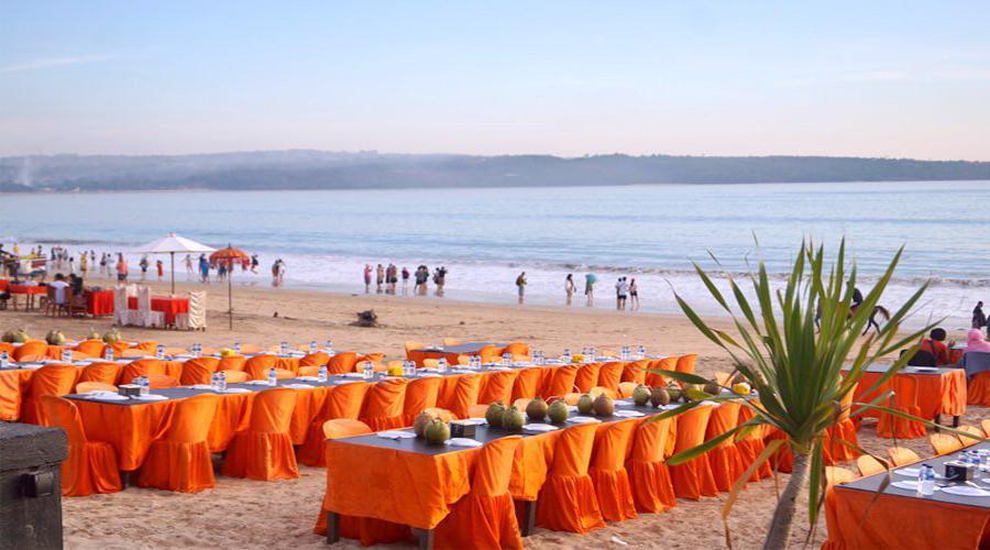 Enjoy Your Special Romantic Dinner At Jimbaran Seafood Restaurant