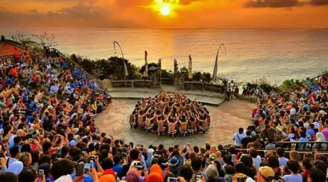 Kecak Uluwatu and Fire Dance Show